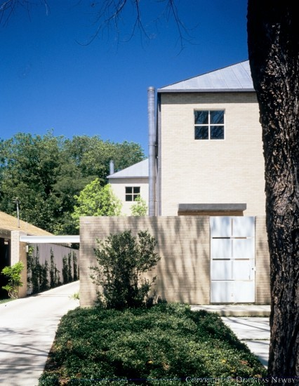 Significant Contemporary Home Designed by Architect Lionel Morrison - 3501-03 Springbrook Street