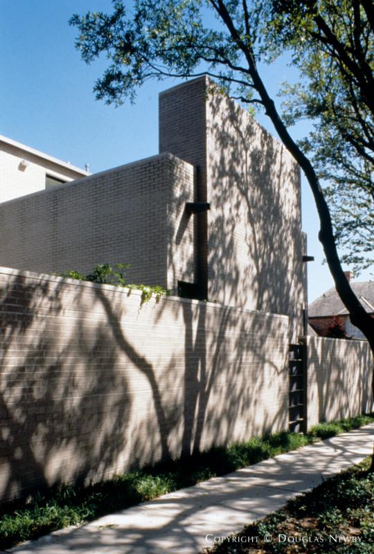 Contemporary Turtle Creek Corridor Neighborhood Home