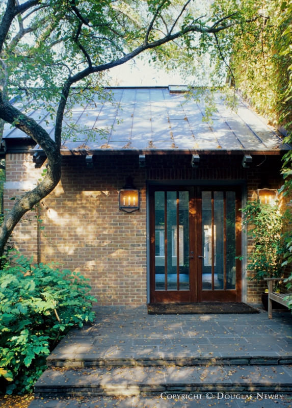 Moore & Andersson Designed Home in Northwest Hills