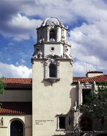 Spanish Colonial Building Designed by Architect Lang & Witchell - Highland Park Town Hall