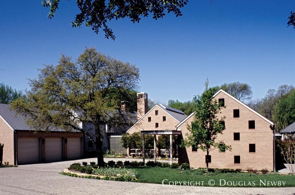 Frank Welch Designed Modern Estate Home