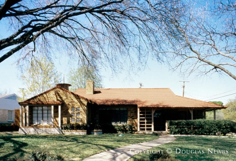 Kessler Park Neighborhood Home