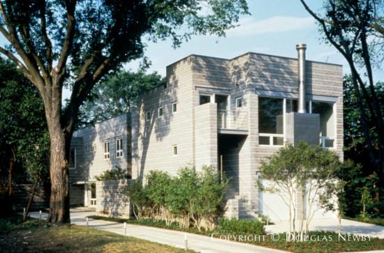 House in Turtle Creek Corridor - 3508 Edgewater Street