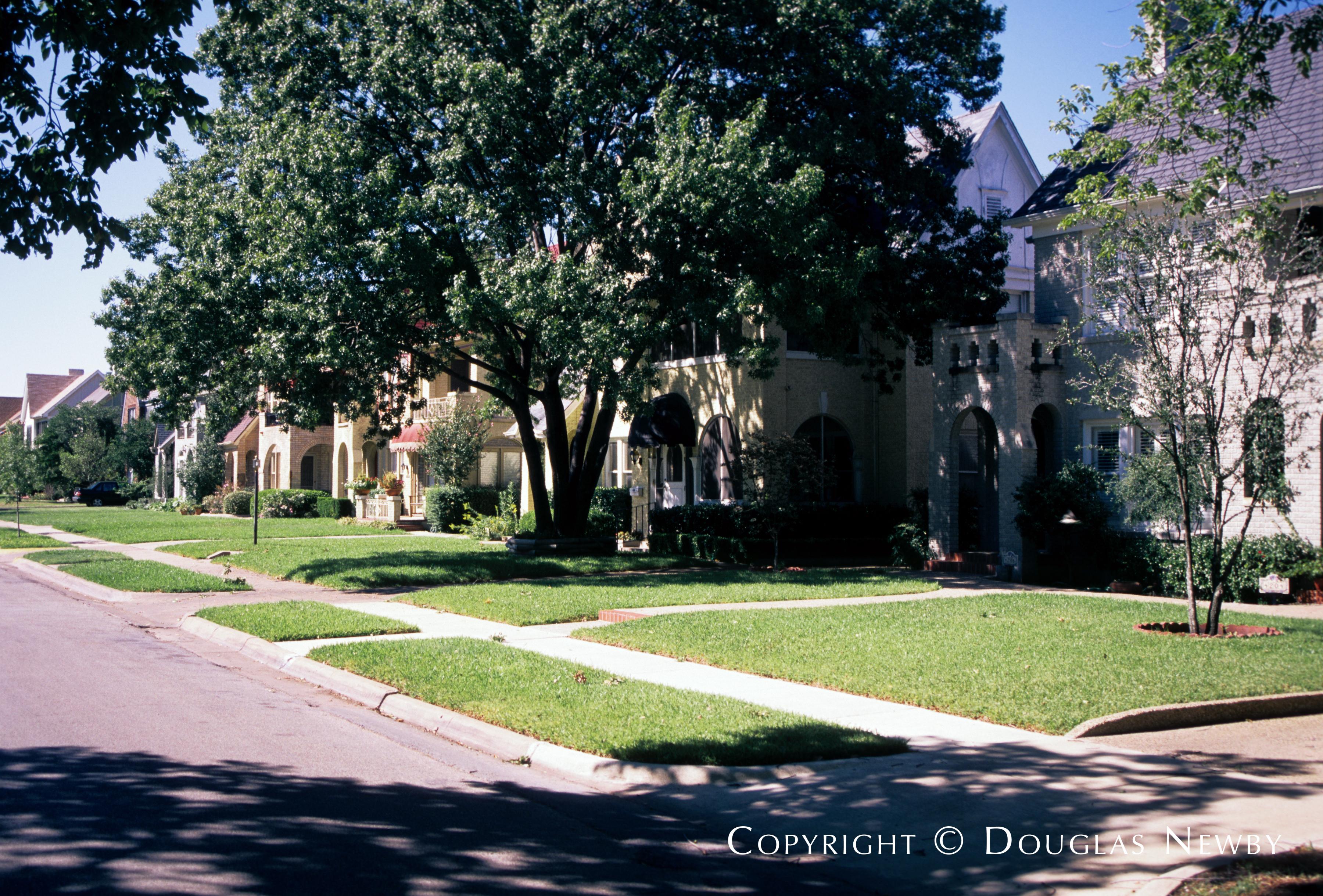 University Park Neighborhood Home