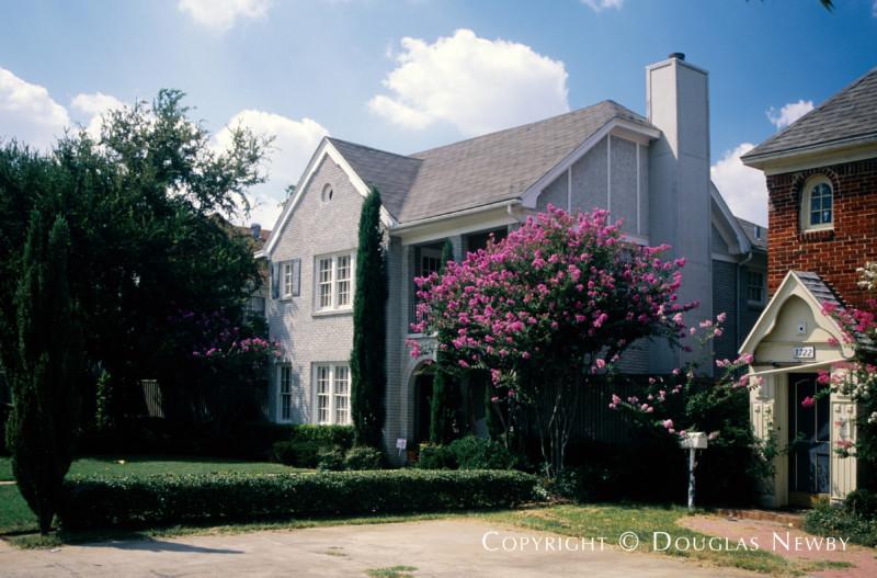 Normandy Duplex on Normandy Block, Dallas, Texas