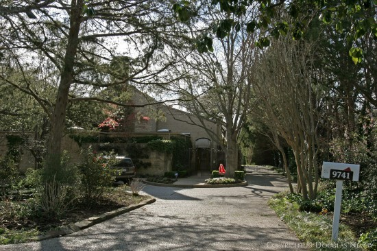 Estate Home Designed by Architect Frank Welch - 9741 Meadowbrook Drive