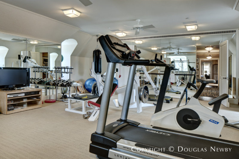 Gym in Mayflower Estates Real Estate