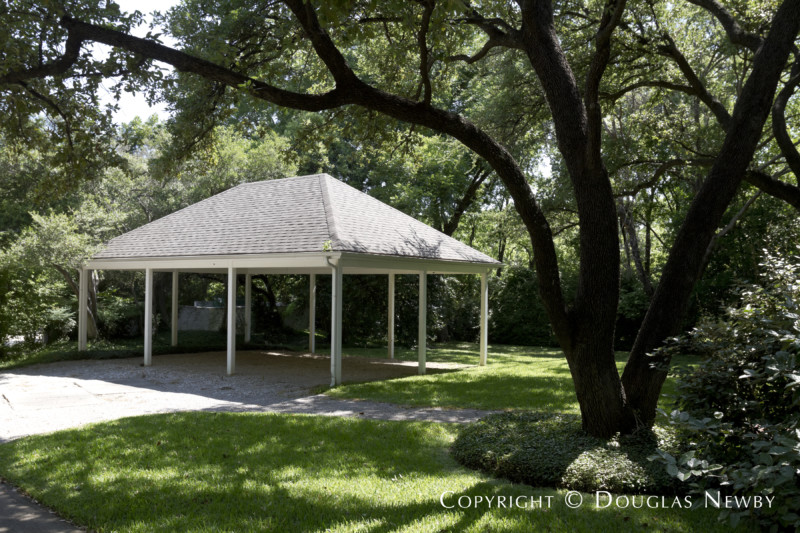 Carport at Second Guest House of Crespi Hicks Estate