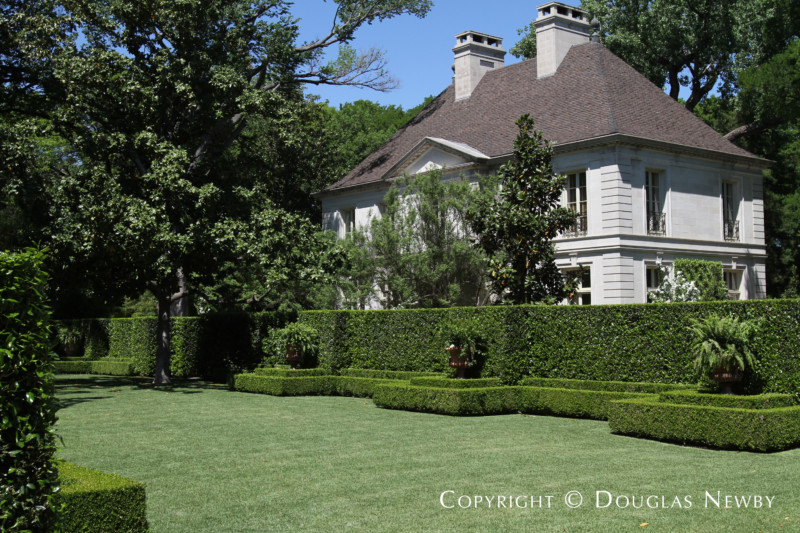 Preston Hollow Home sitting on 25 Acres