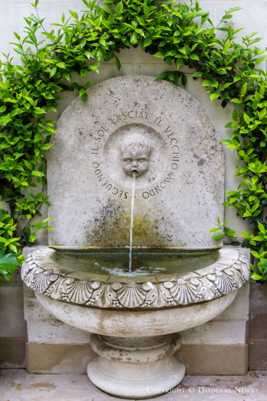 Dallas Estate Home Fountain