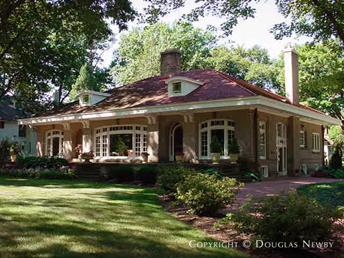 Myron vorce designed craftsman style bungalow in cleveland for Craftsman style architects