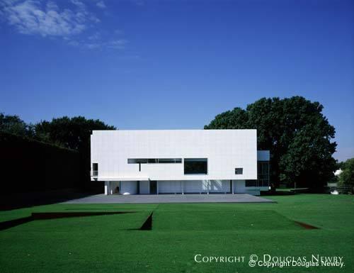 Richard Meier Designed Rachofsky House In Dallas Texas