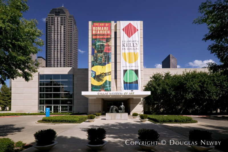 Modern Real Estate in Downtown Dallas