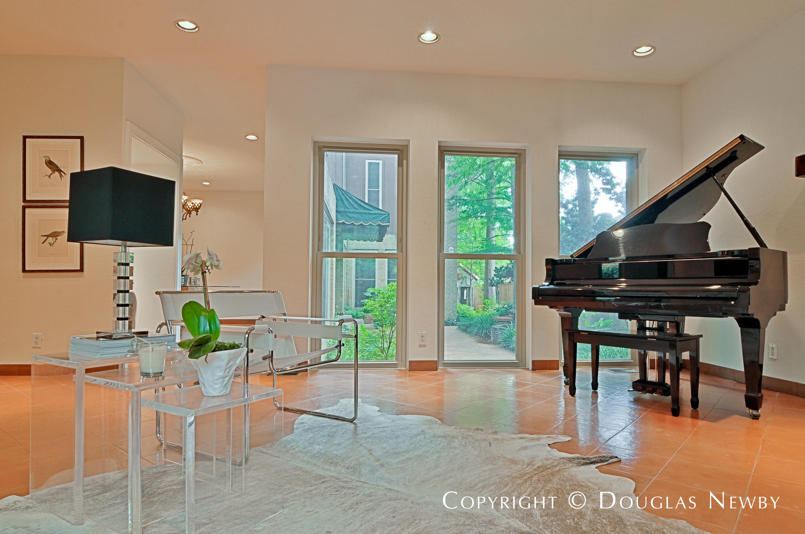 Dallas, Texas Contemporary Real Estate