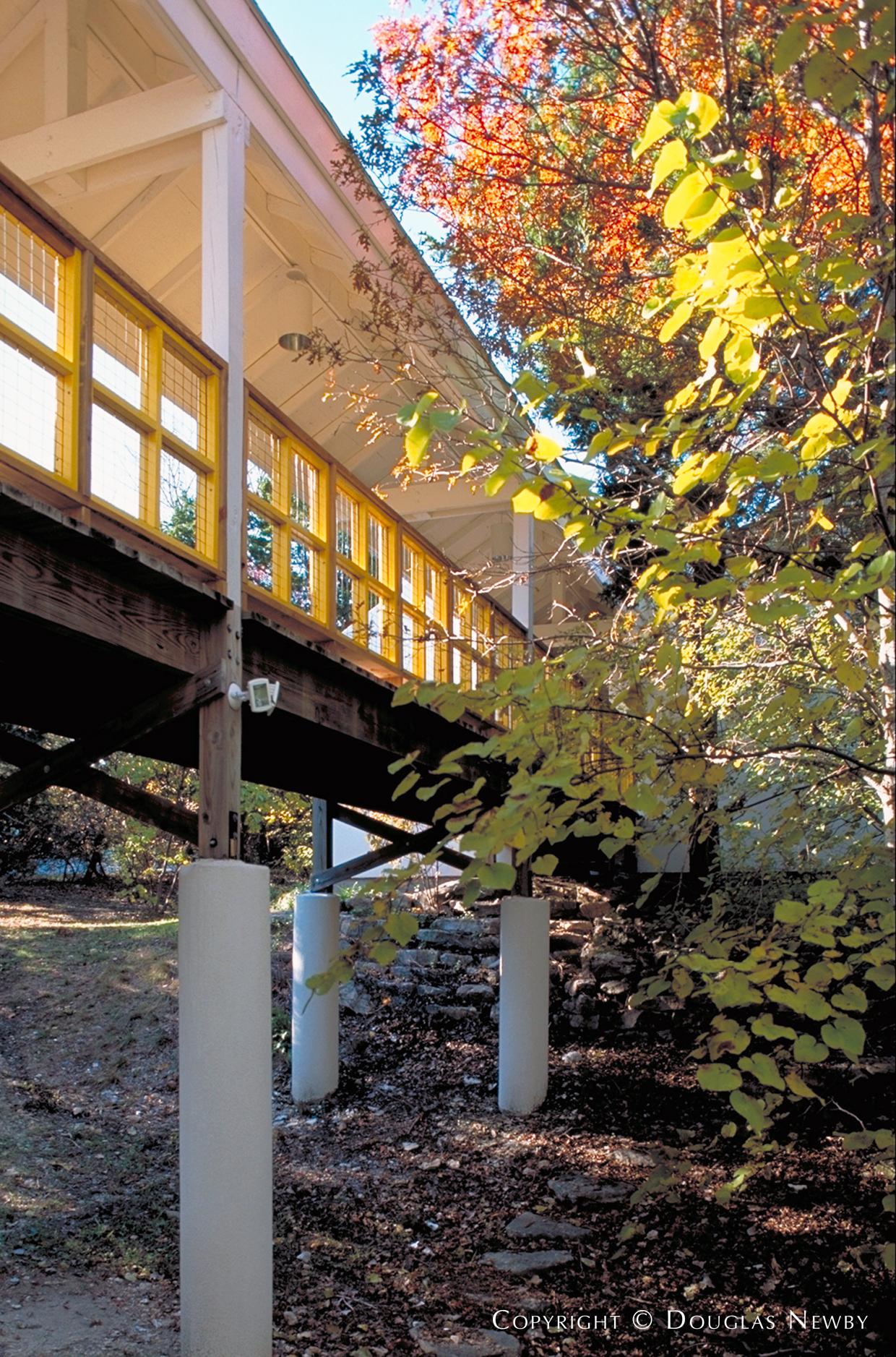 Cedar Hill, Texas Home sitting on 1.008 Acres