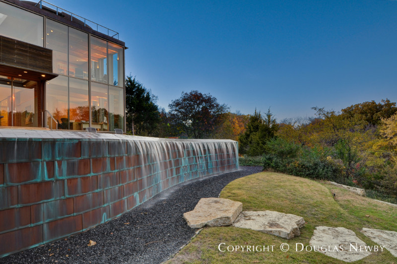 Copper Wall of Swimming Pool of Glen Abbey Modern Home in Dallas