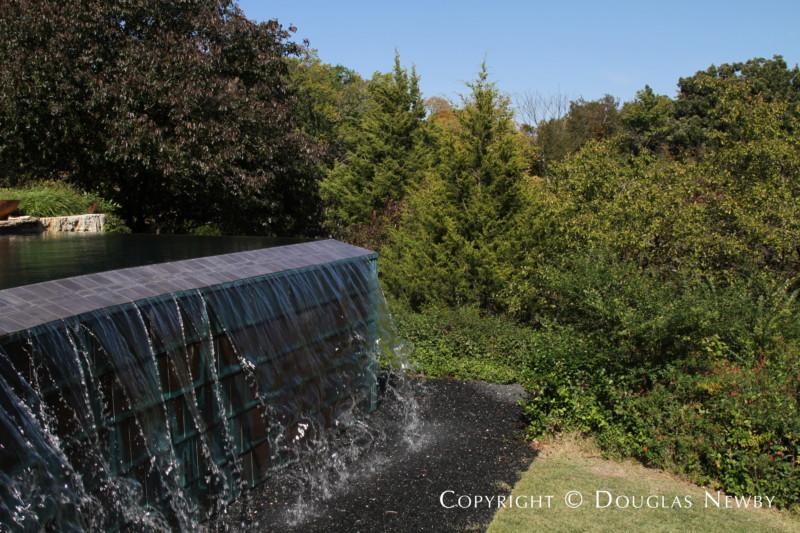 Negative Edge Pool on Glen Abbey Estate