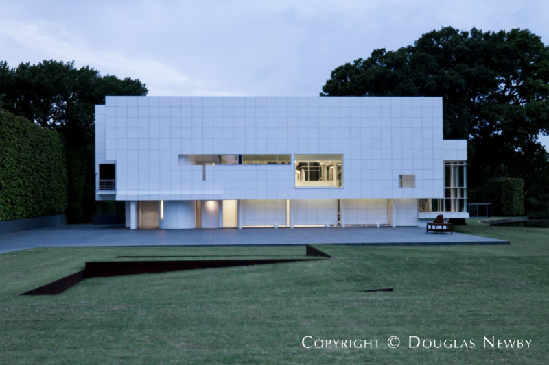 richard meier modern home built in the 1990s - Richard Meier Homes