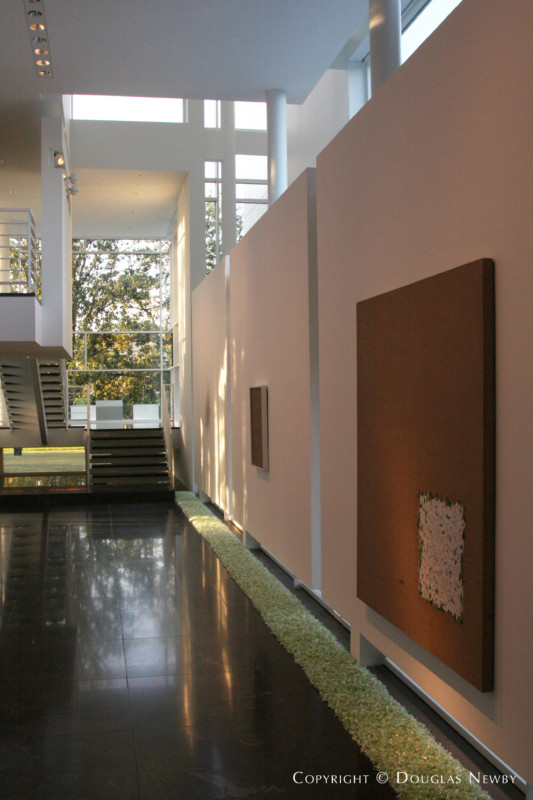 Modern preston hollow addition real estate photograph 9454 - Newby house interiors ...