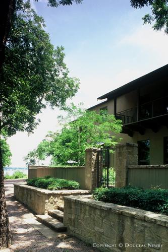 Real Estate in White Rock Lake