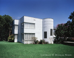 Art Moderne Style Architecture