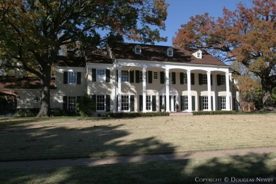 Residence Designed by Architect Fooshee & Cheek - 4400 Belfort Avenue