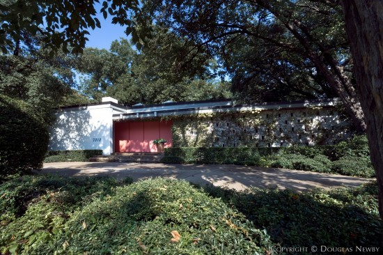 Significant Mid-Century Modern Home Designed by Architect Glenn Allen Galaway - 7010 Airline