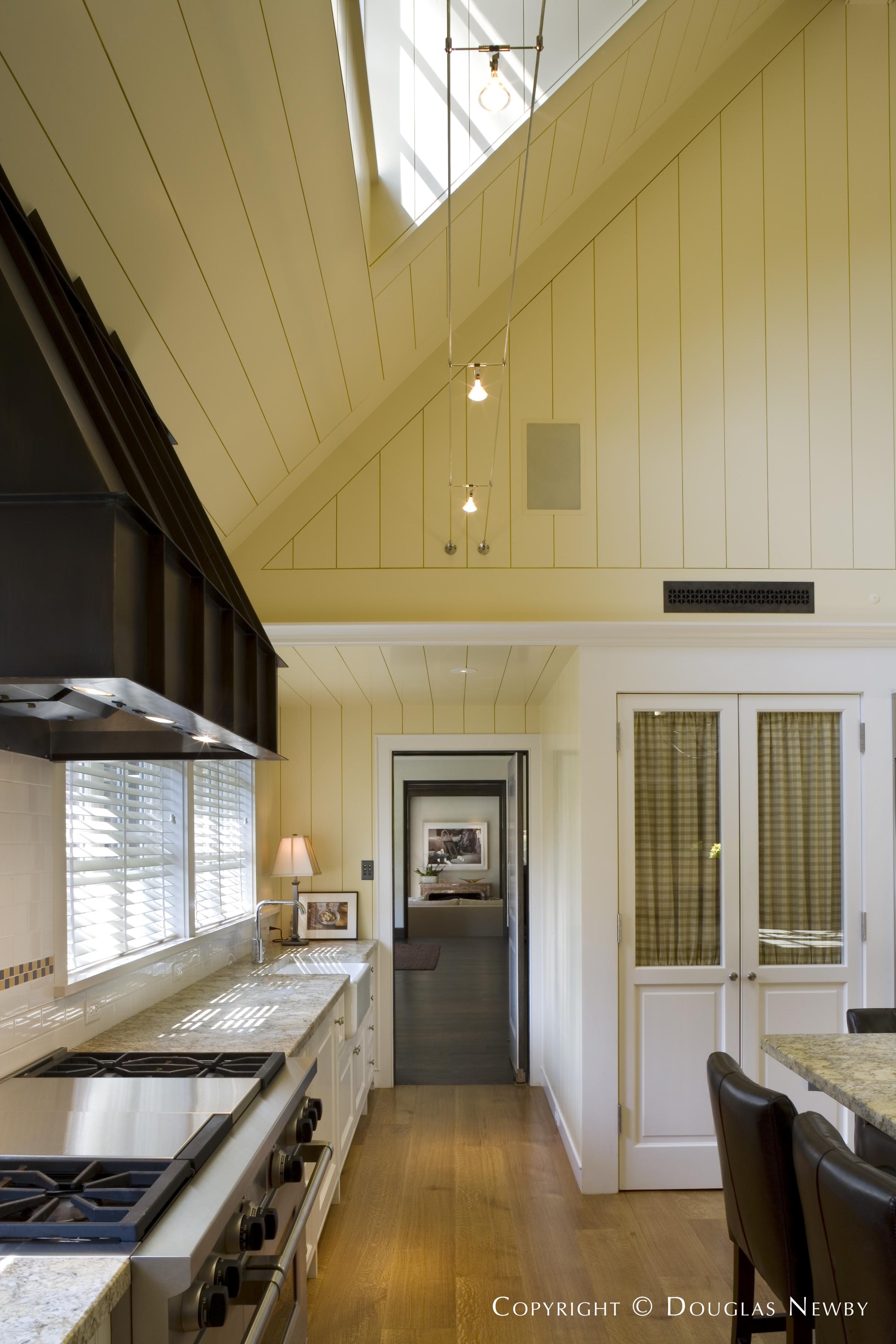 Home in Turtle Creek Corridor