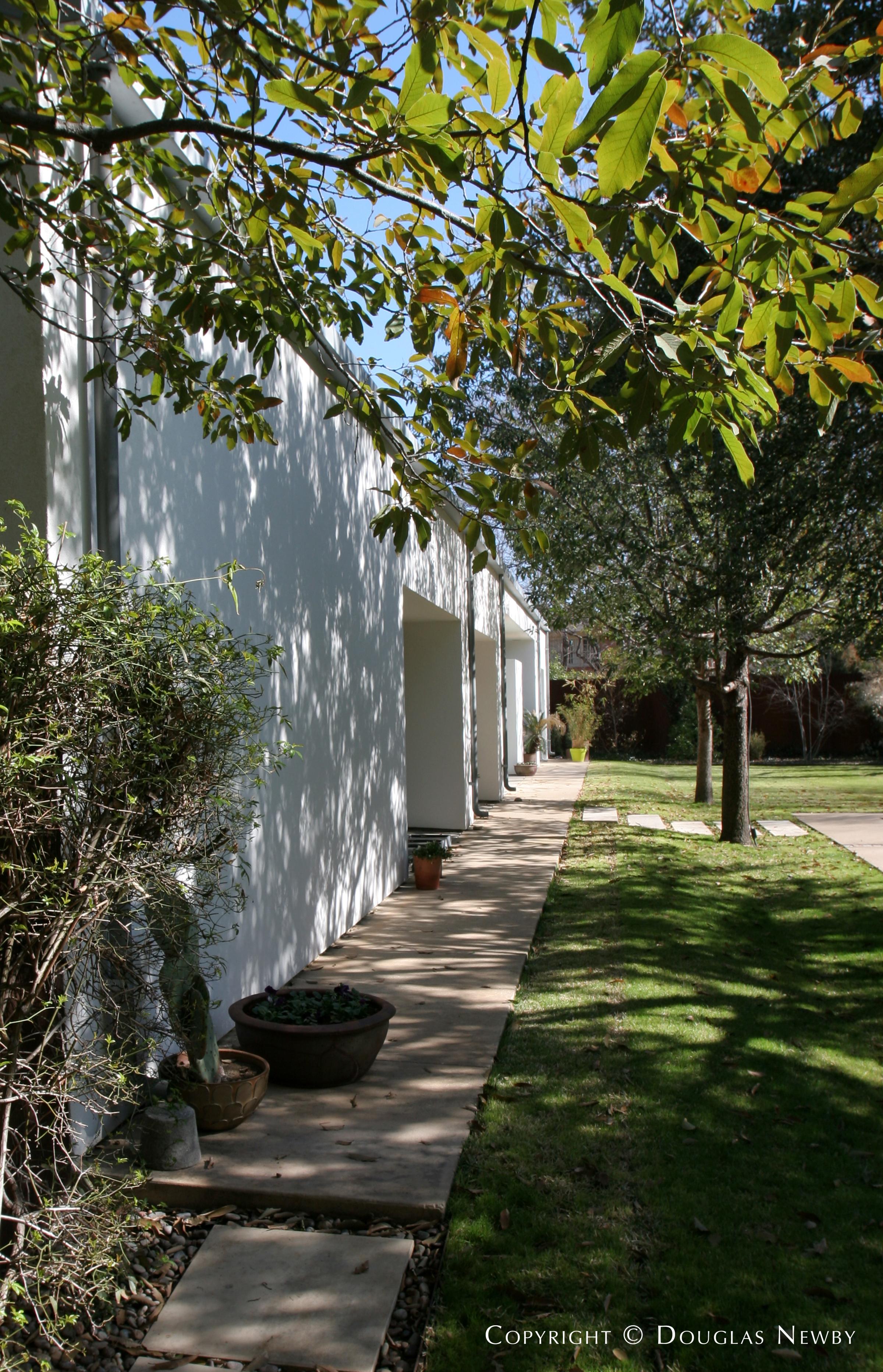 Modern Home in Maywood Estates