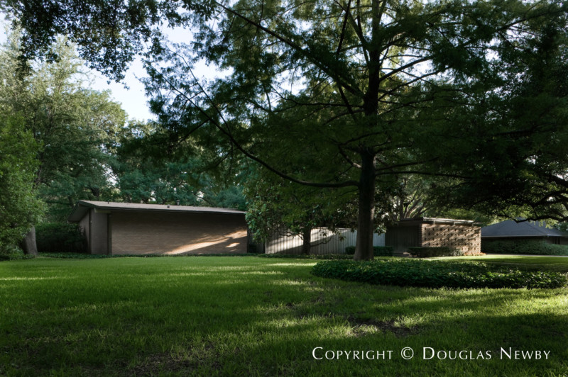 Dallas, Texas Mid-Century Modern Real Estate