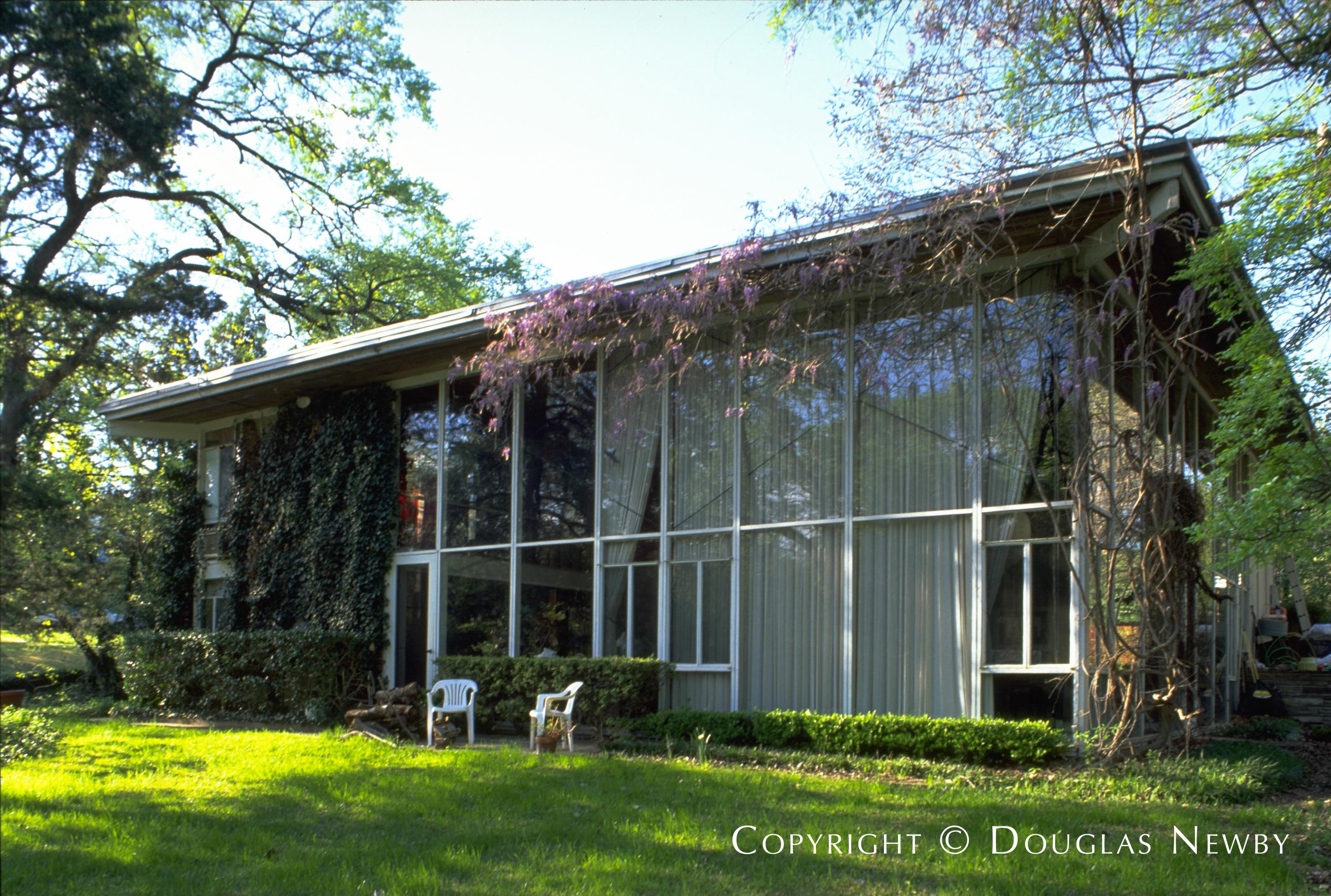 Highland Park Real Estate on 1.43 Acres