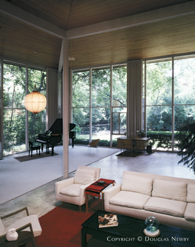 Jim Wiley Designed Home in Hackberry Creek Acreage of Old Highland Park