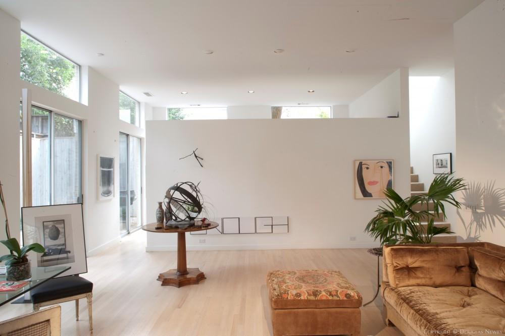Lionel Morrison - Modern Home