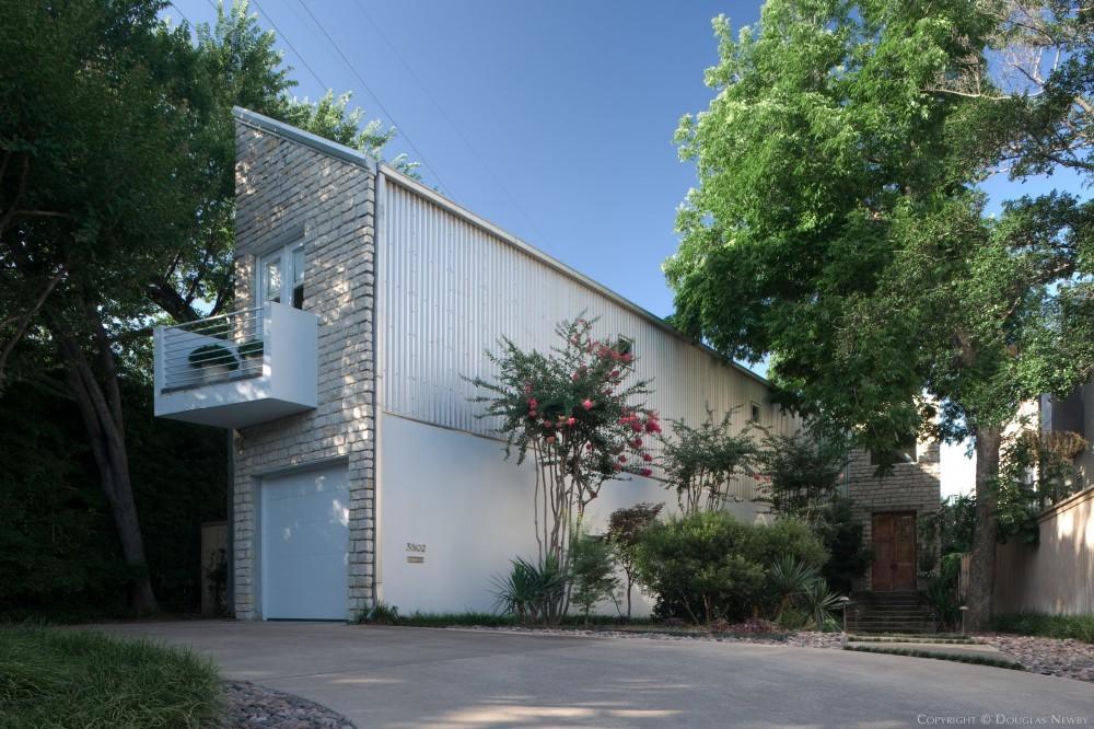 Architect Designed Modern Home On Katy Trail