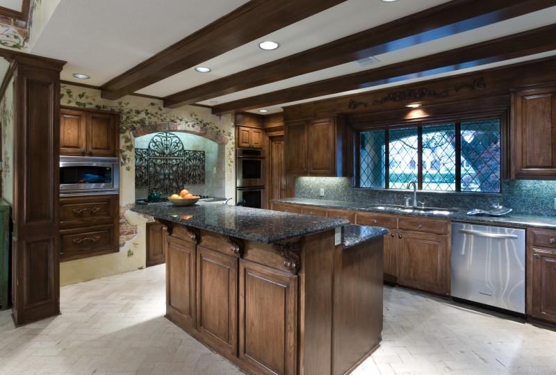 Preston Hollow Real Estate on 1.29 Acres