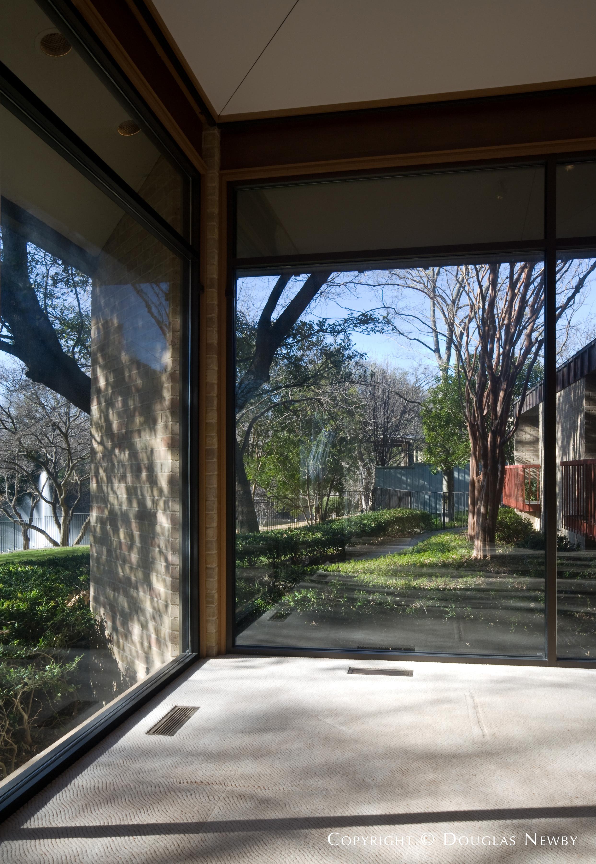 Scott Lyons Modern Designed Home in Mayflower Estates