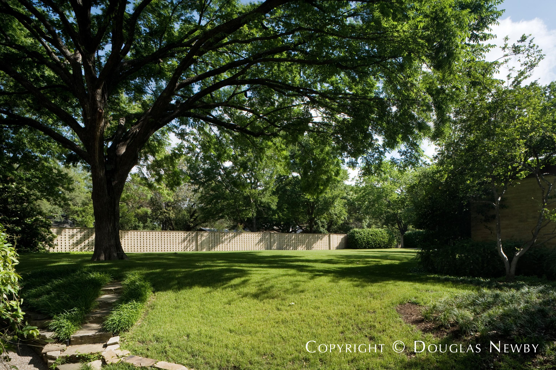 Texas Modern Preston Hollow Neighborhood Home