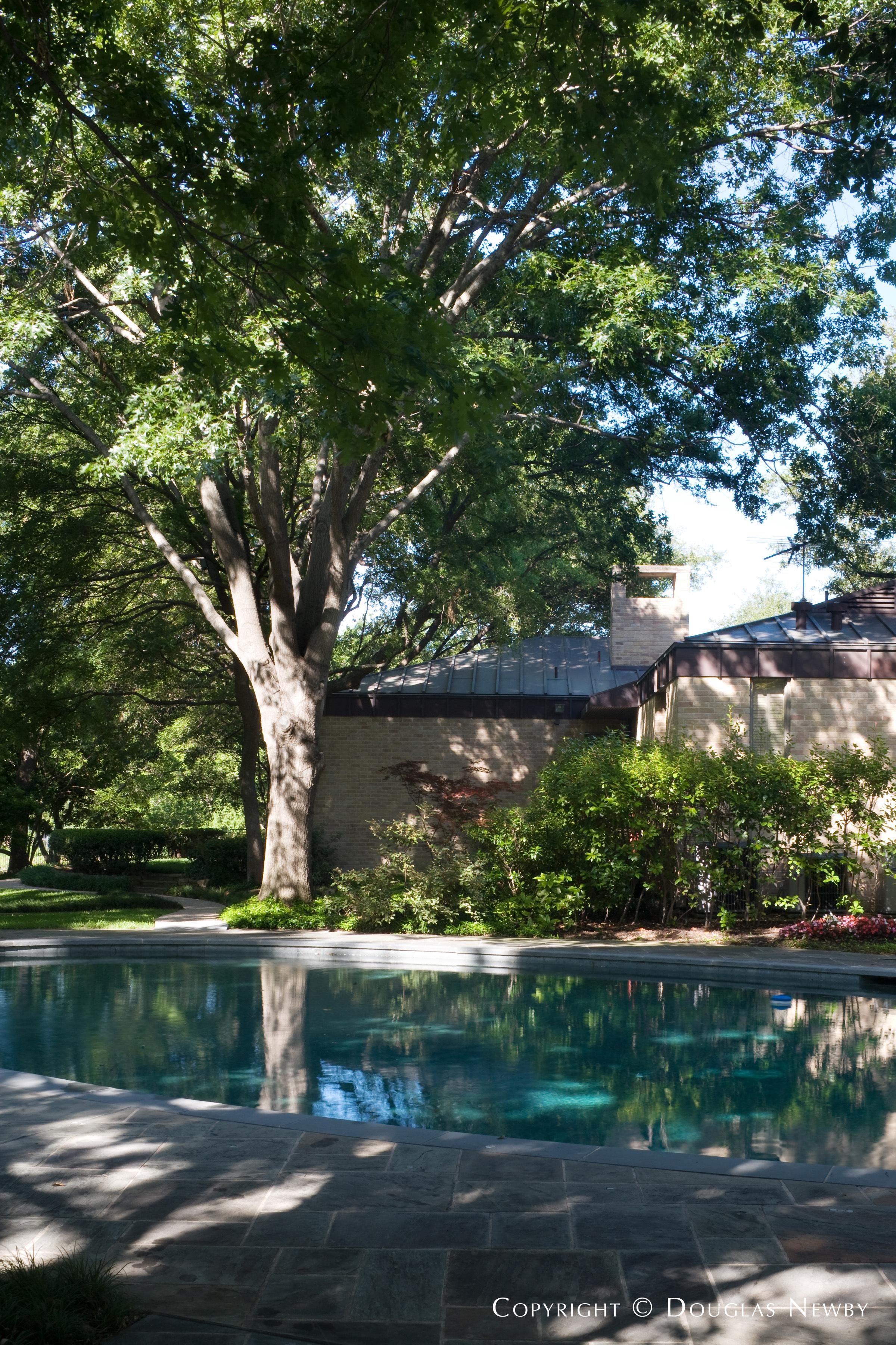 Modern Mayflower Estates Neighborhood Home