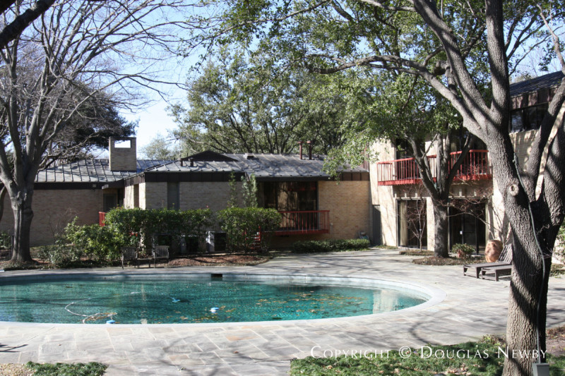 10240 Gaywood Road, Dallas, Texas