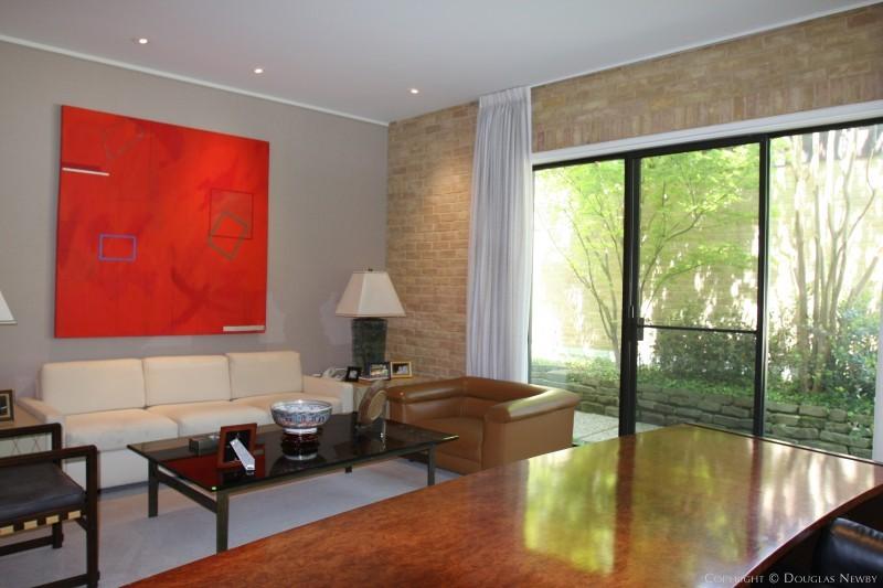 Scott Lyons Designed Modern Home