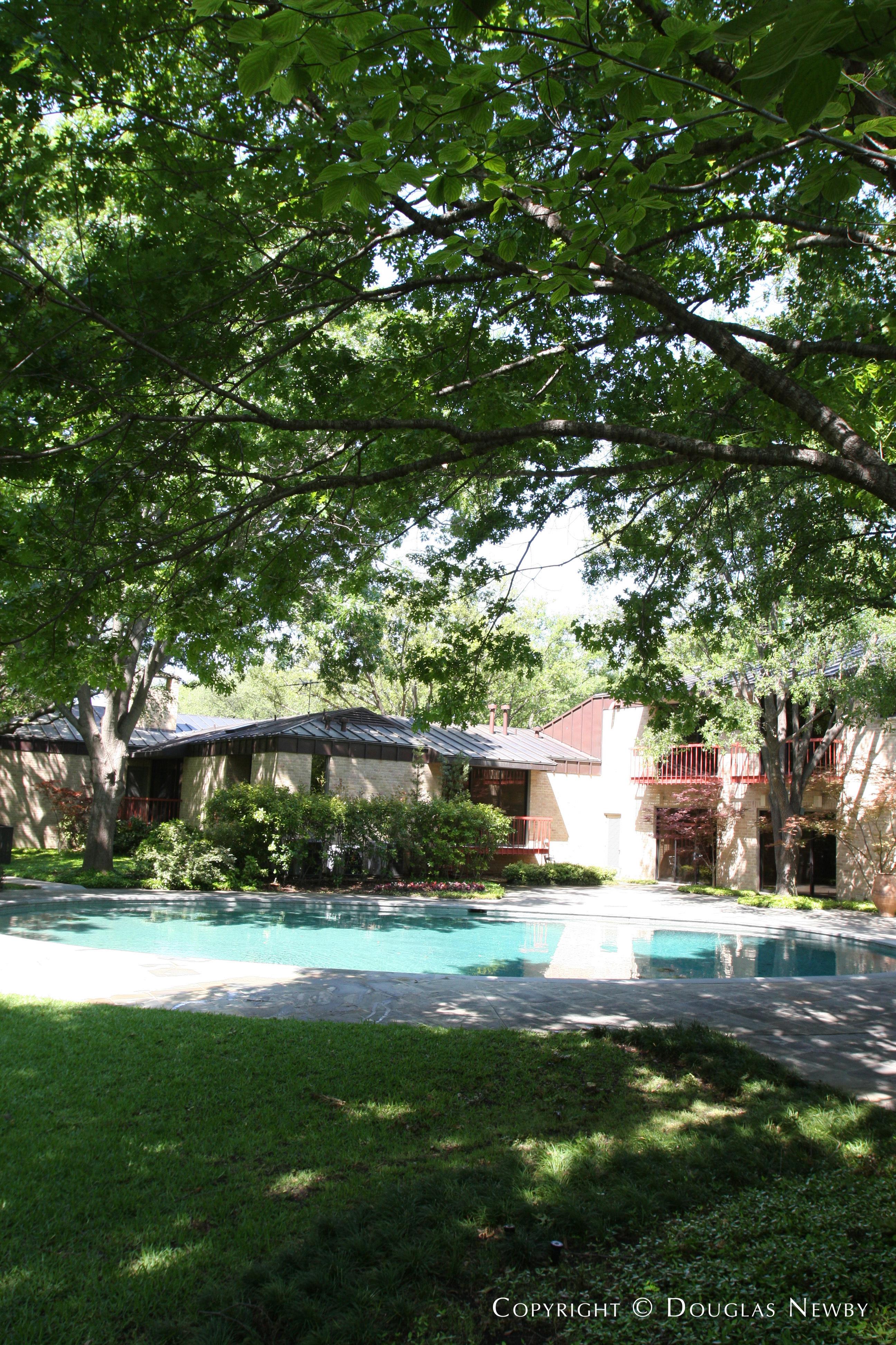 Mayflower Estates Modern Home