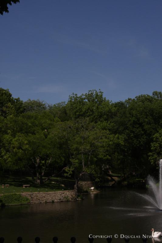 Texas Modern Mayflower Estates Real Estate