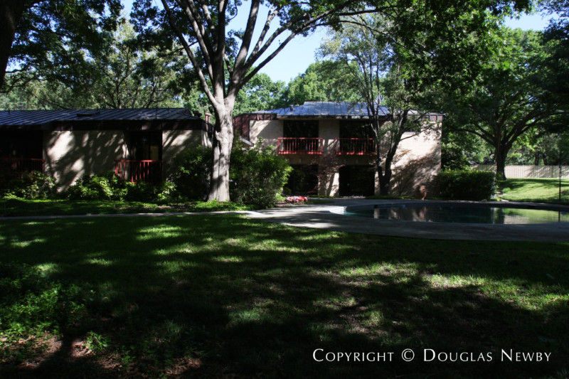 Mayflower Estates Modern Home