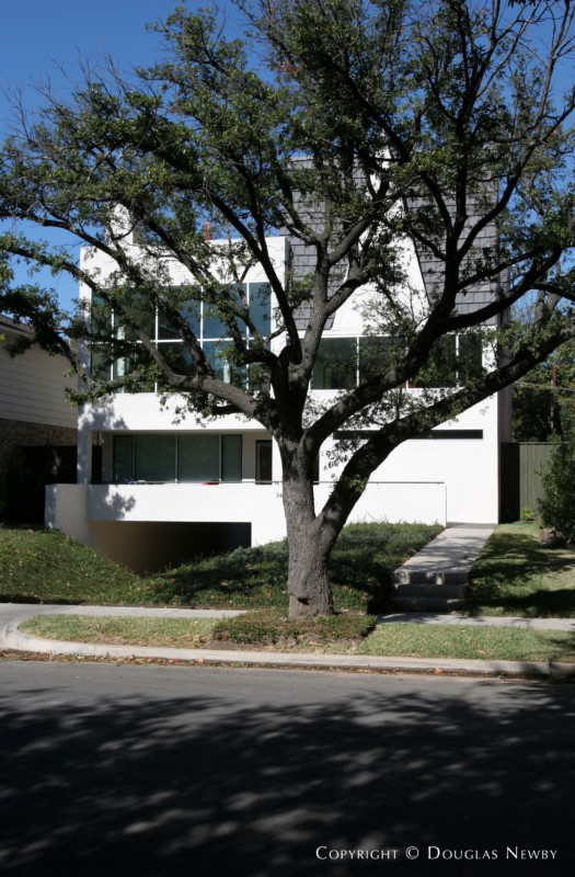 Fourth Section of Old Highland Park Modern Home