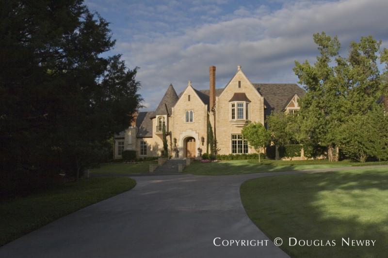 Edwardian Home in Preston Hollow