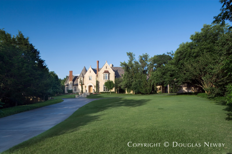 Preston Hollow Edwardian Real Estate on 5.3 Acres