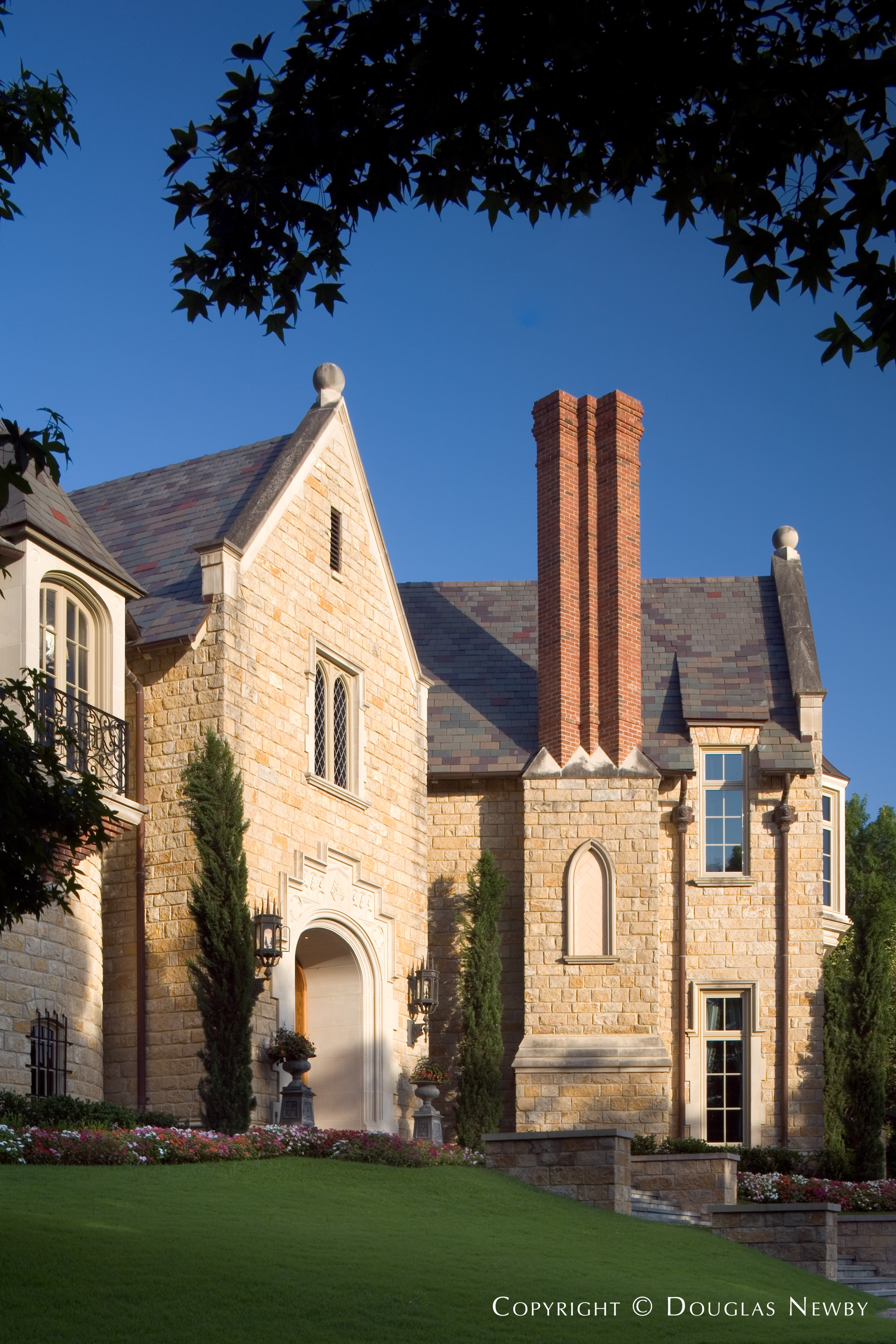 9806 Inwood Road, Dallas, Texas