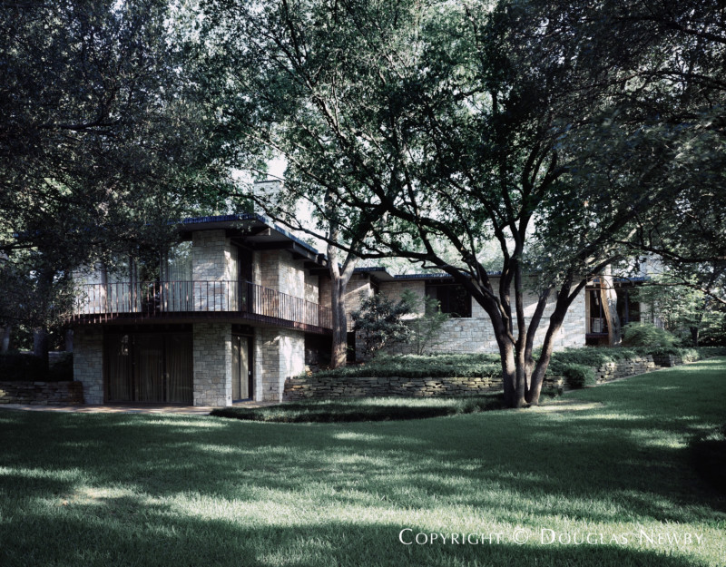 Scott Lyons Designed Home in First Section of Old Highland Park