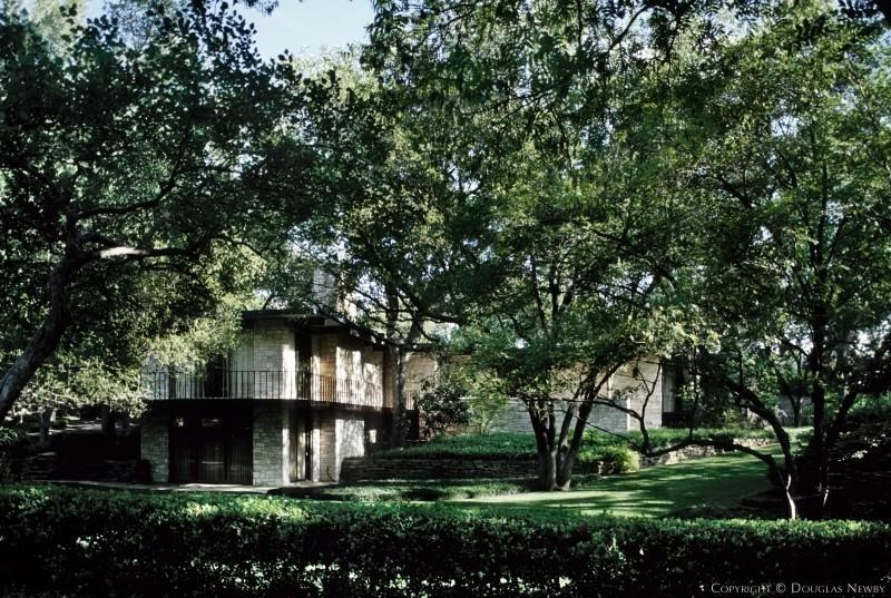 Highland Park Real Estate on 1.03 Acres