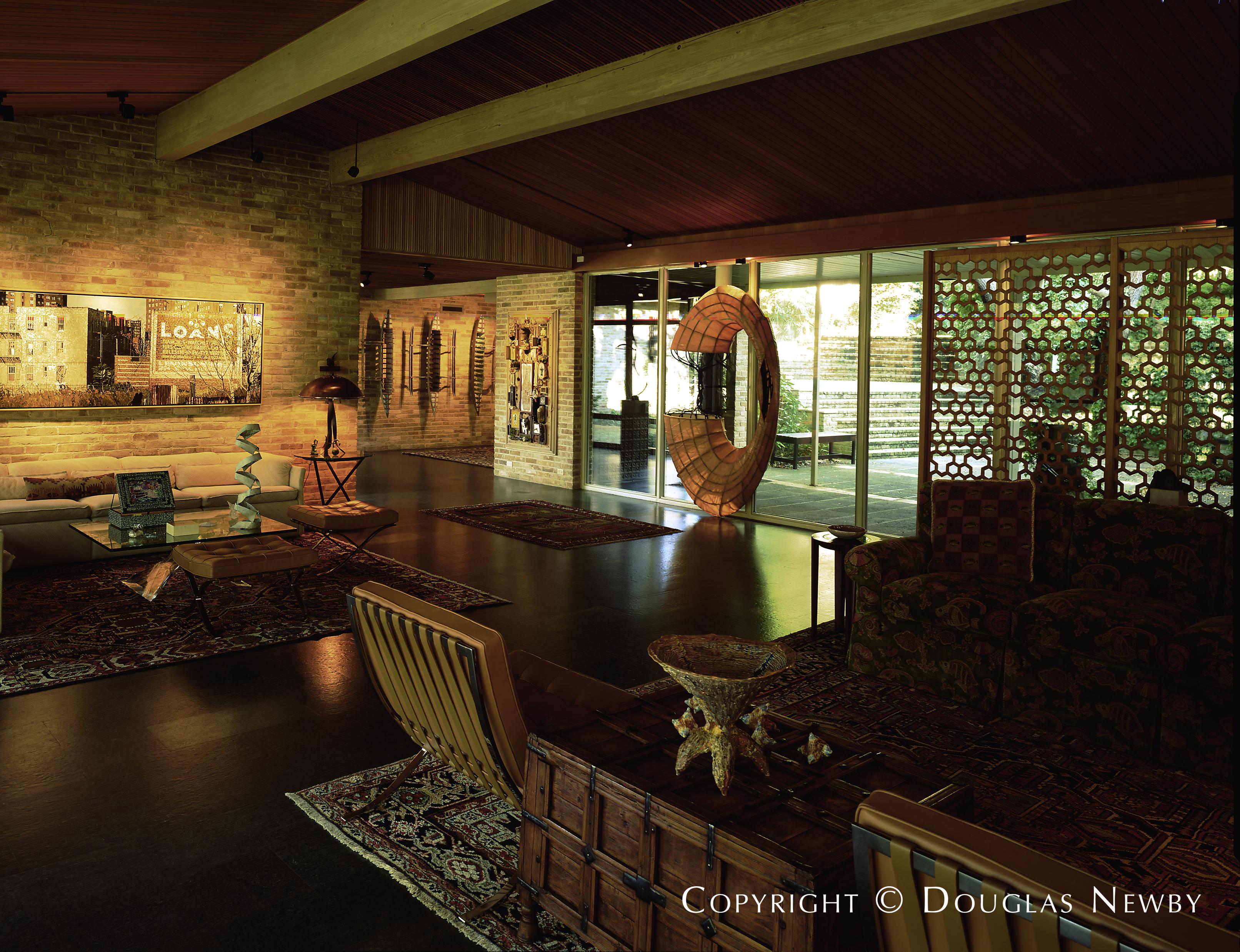 Mid-Century Modern Dentwood Addition Neighborhood Home